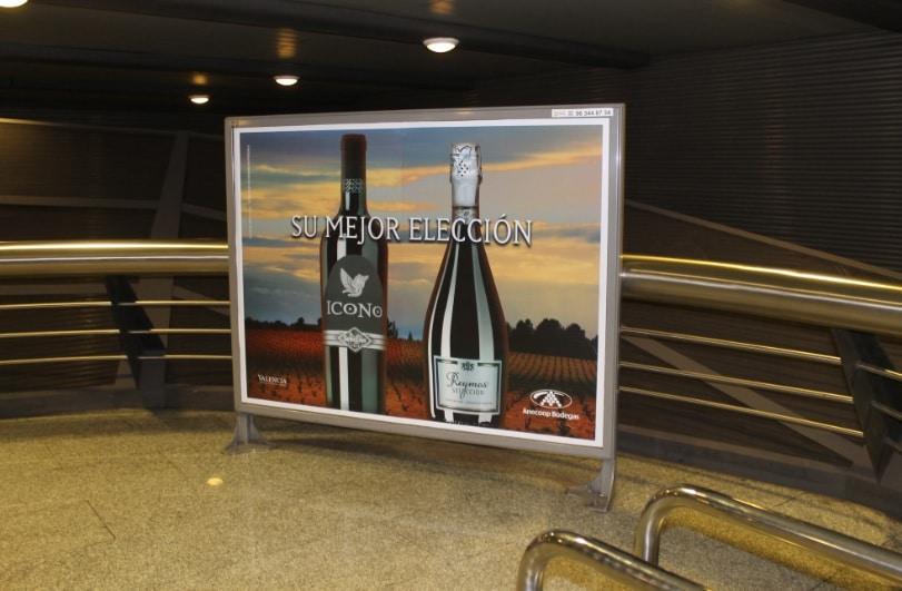 Publicidad metro – Reymos + Icono Selección