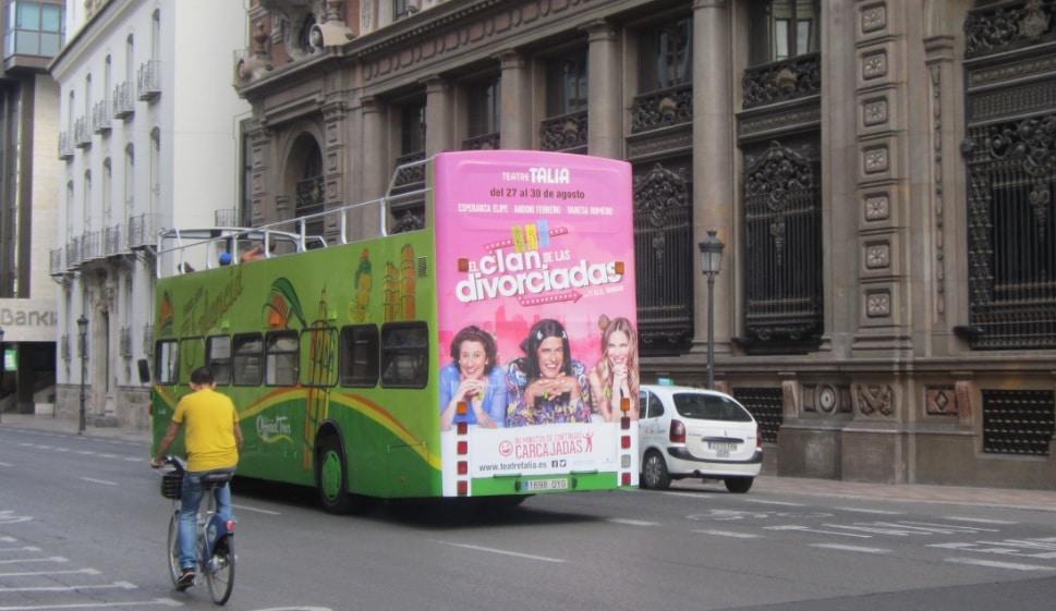 Publicidad autobuses – El Clan de las Divorciadas