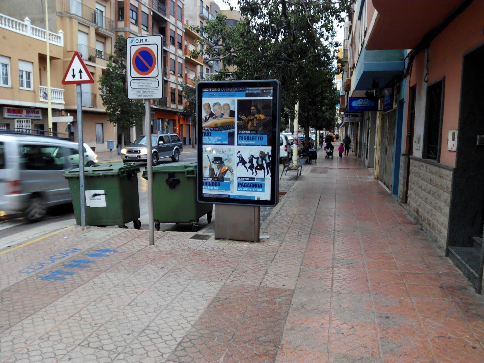 Publicidad mupis – Auditori Vall Uxó