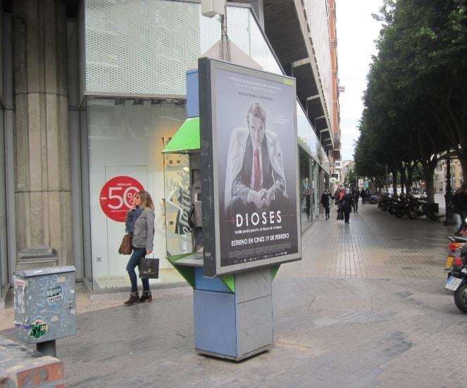 Publicidad mupis – Película Dioses