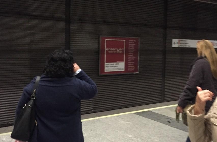 Publicidad metro Valencia – Ensenyem