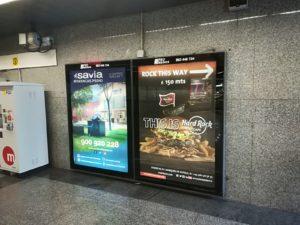 Publcidad en metro Valencia, publicidad exterior, Hard Rock Valencia