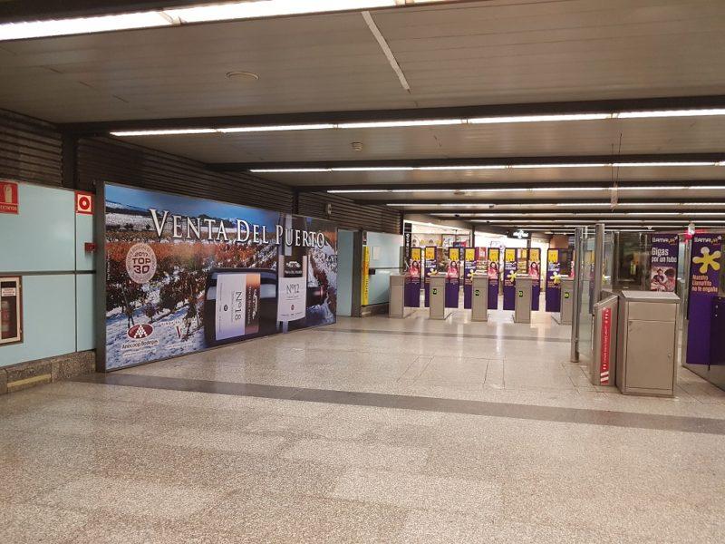 publicidad espectacular en metro Valencia